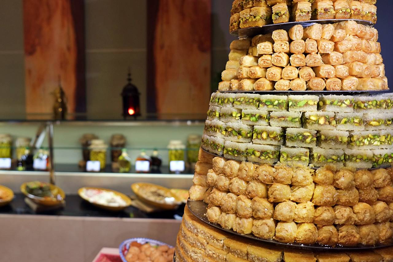 na3na3 iftar the address dubai mall
