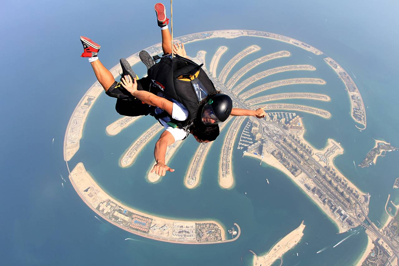 skydivskydive adventure the palm dubaie adventure the palm dubai