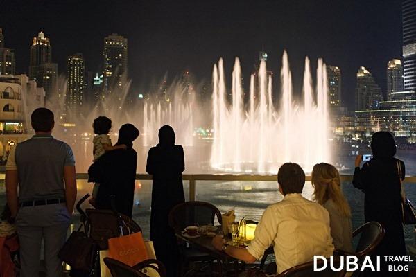dubai water fountain show