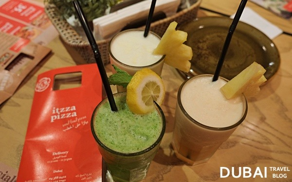 itzza pizza jumeira drinks
