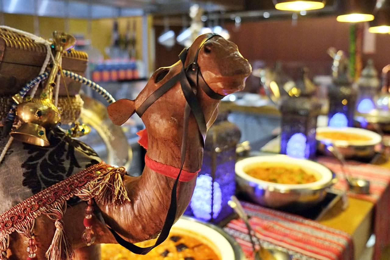 iftar at liwan restaurant dubai