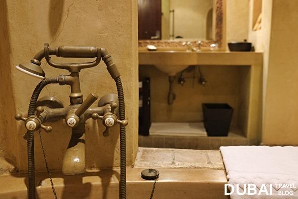 bathroom bab al shams resort uae