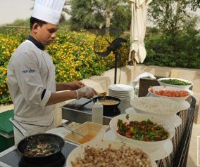 Breakfast & Lunch at Al Forsan Restaurant in Bab Al Shams