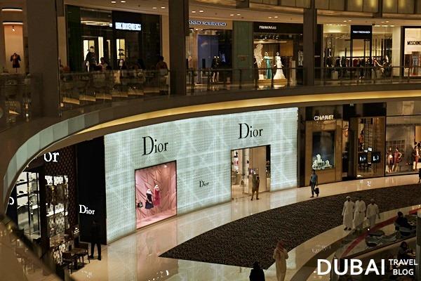 dubai mall fashion avenue photo