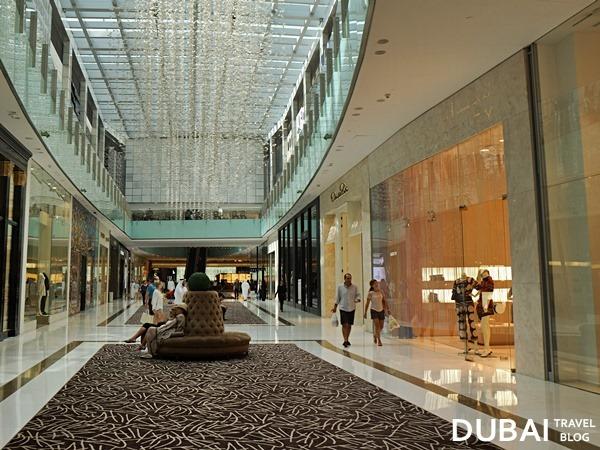 fashion avenue dubai mall