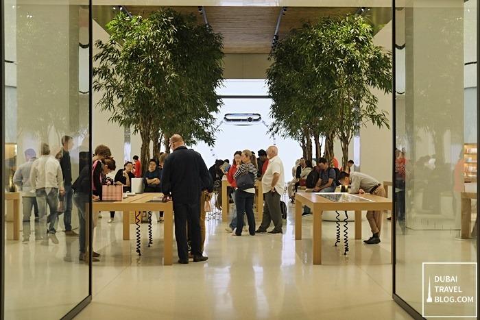 20 photos of the apple store in mall of the emirates dubai travel blog apple store dubai solutioingenieria Choice Image