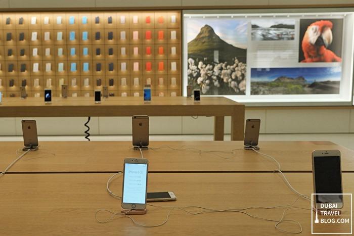 Iphone In Apple Store Dubai