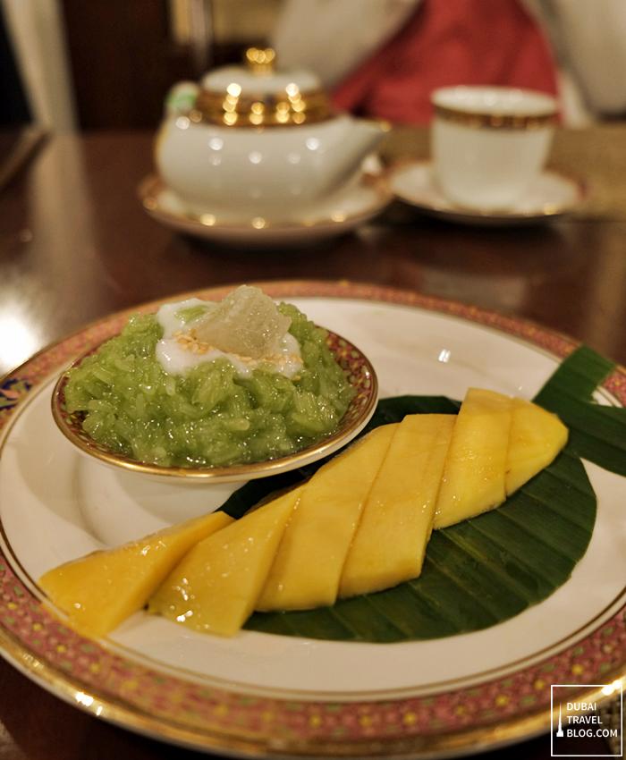 benjarong mango sticky rice