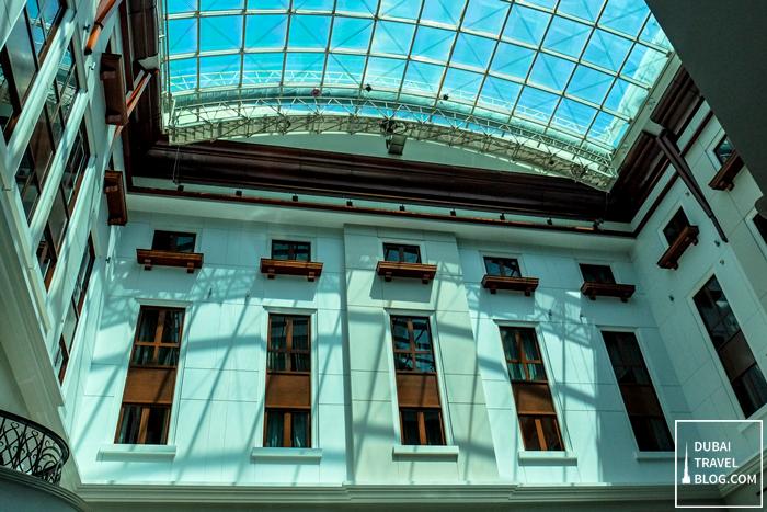 ceiling movenpick hotel dubai