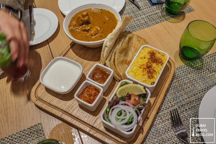 butter-chicken-the-garden-grill-hilton-garden-inn-moe-dubai