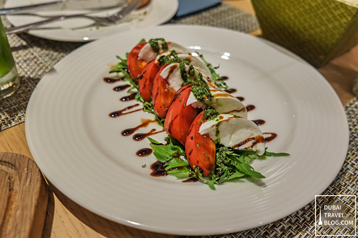 caprese-hilton-garden-inn-mall-of-the-emirates