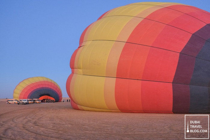 hot air balloon experience dubai