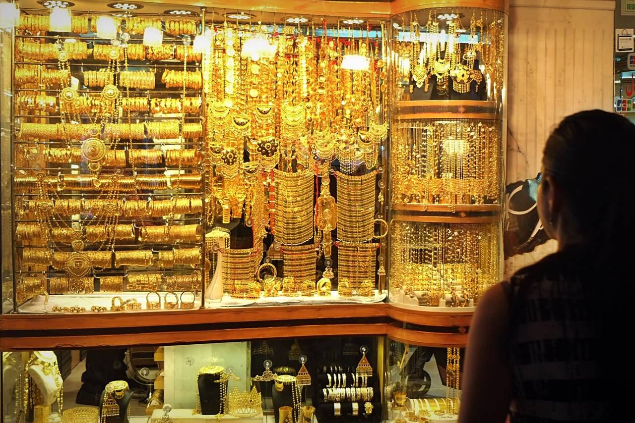 buying gold souk - tips dubai