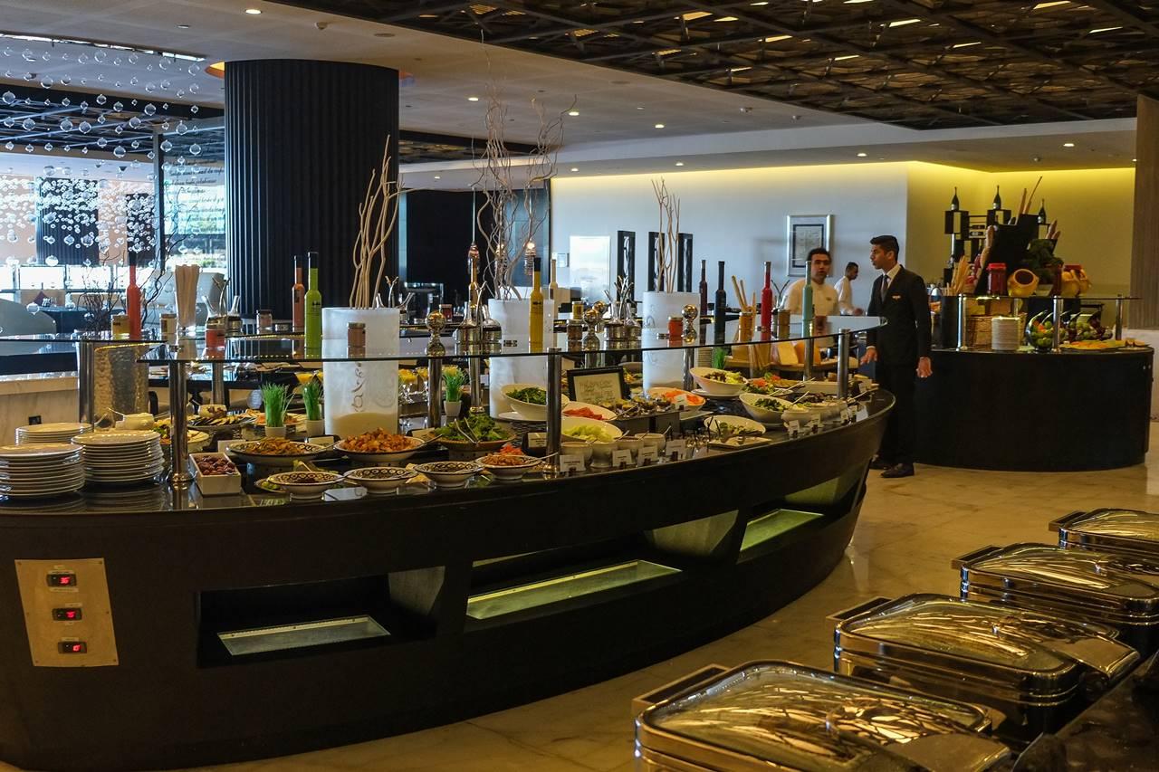 sofitel abu dhabi corniche restaurant buffet