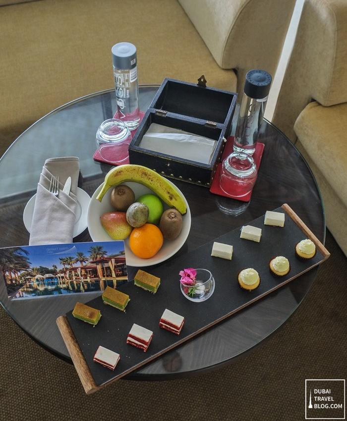 welcome snacks hotel desert palm dubai