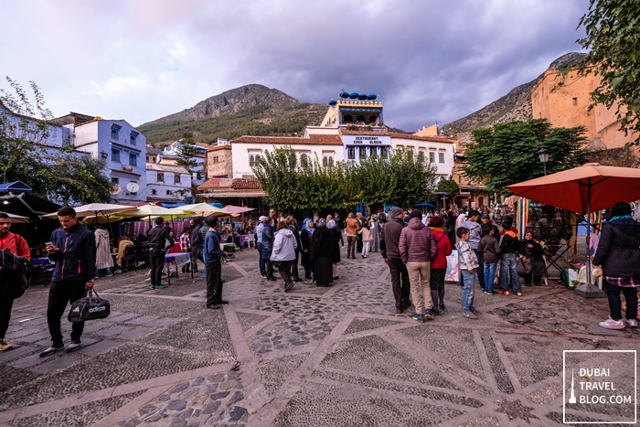 busy medina sunday in chefchaouen