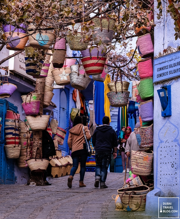 hiking chefchaouen houses