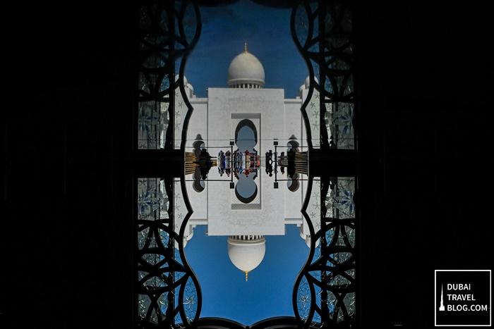 sheikh zayed mosque abu dhabi reflection