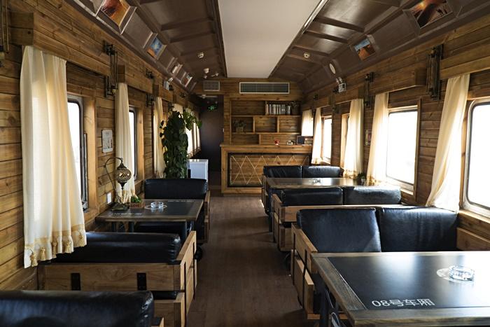 train hotel resort ningxia china
