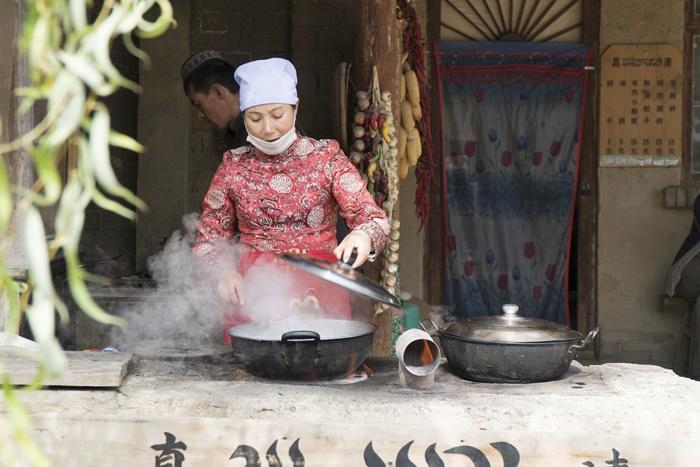 yinchuan zhen bei bao west movie set