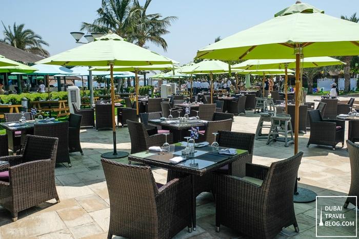 fujairah rotana resort spa waves restaurant