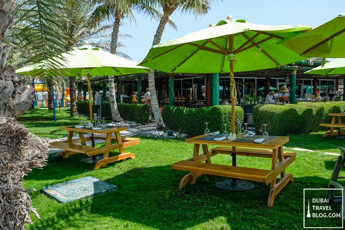waves restaurant fujairah