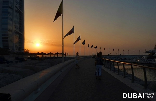 dubai sunset at jumeirah beach hotel