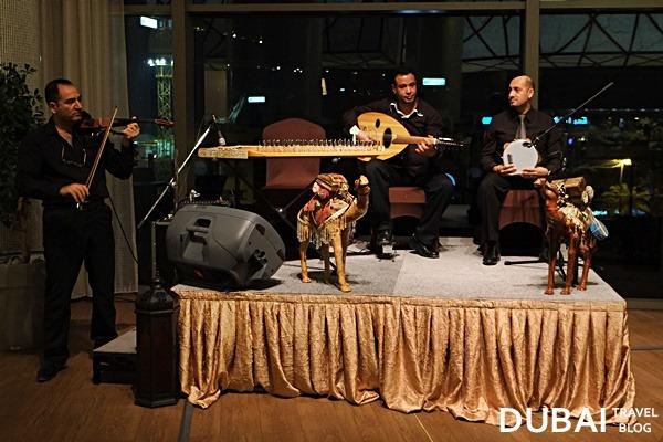 liwan restaurant band