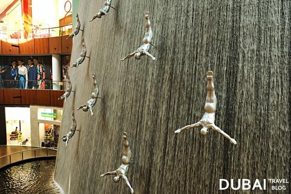 human waterfalls dubai mall