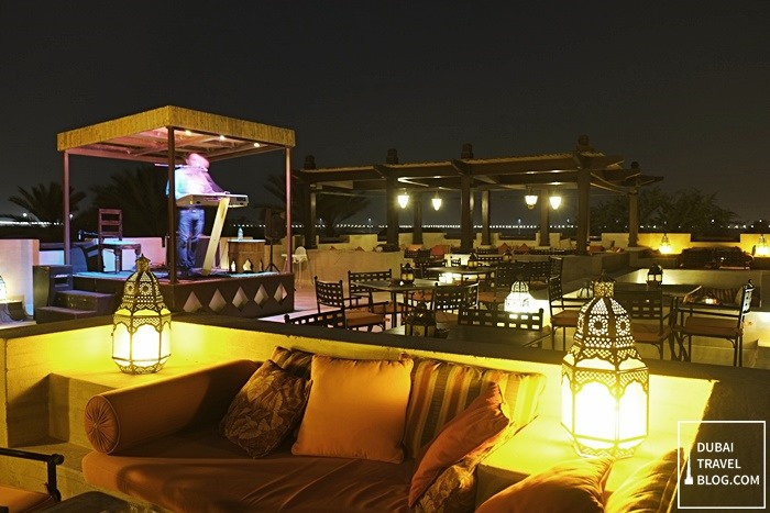 music lounge bab al shams resort