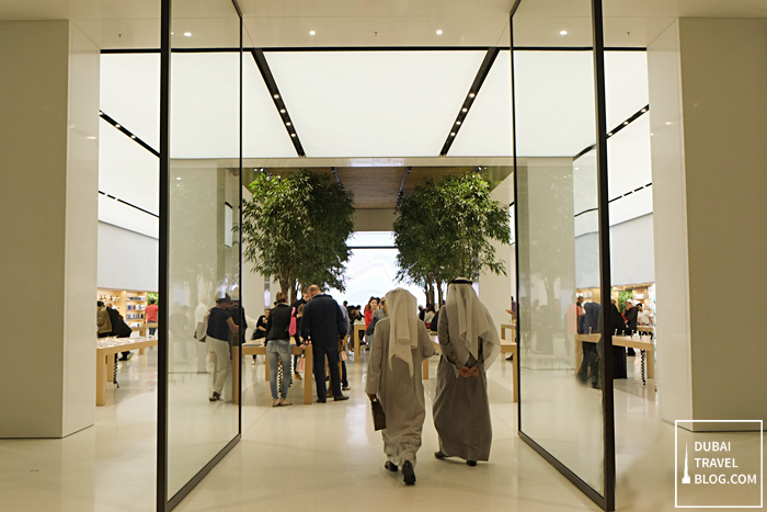 apple-shop-mall-of-emirates