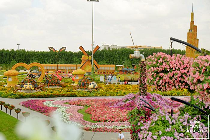 dubai miracle garden view