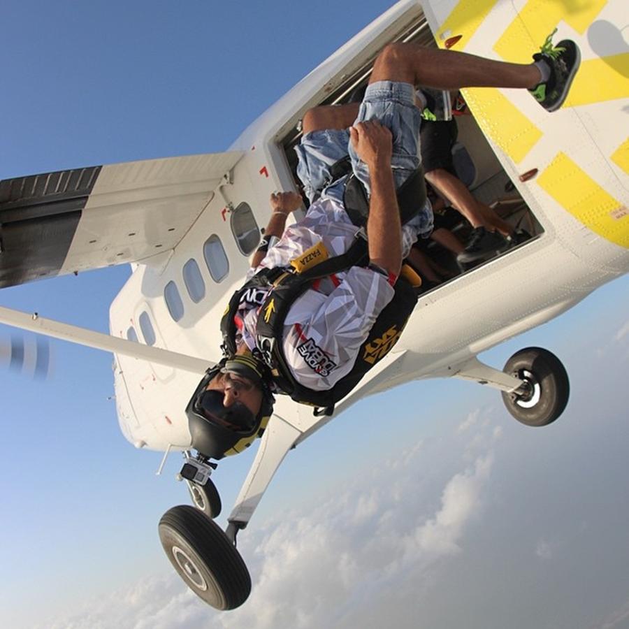 Sheikh Hamdan Sky Diving