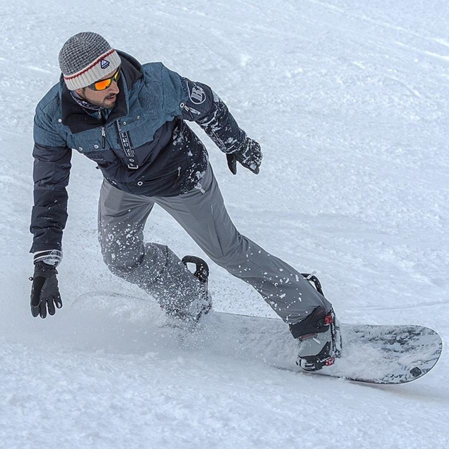 Sheikh Hamdan Snow Boarding