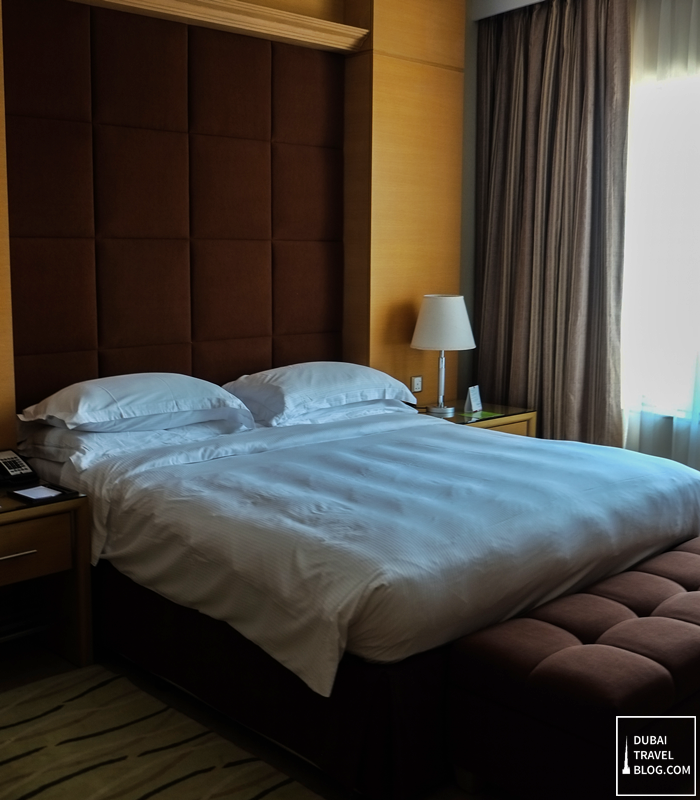 king size bed nour arjaan hotel