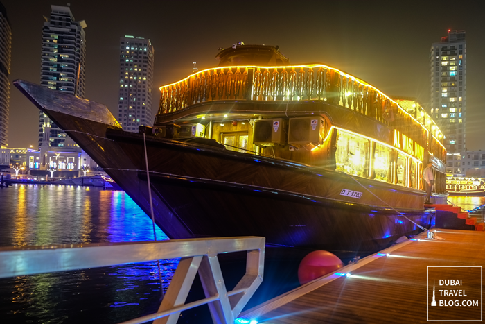dubai-marina-dhow-cruise-dinner