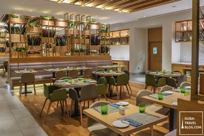the-garden-grille-restaurant-hilton-garden-moe