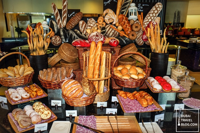 bread station sofitel corniche restaurant