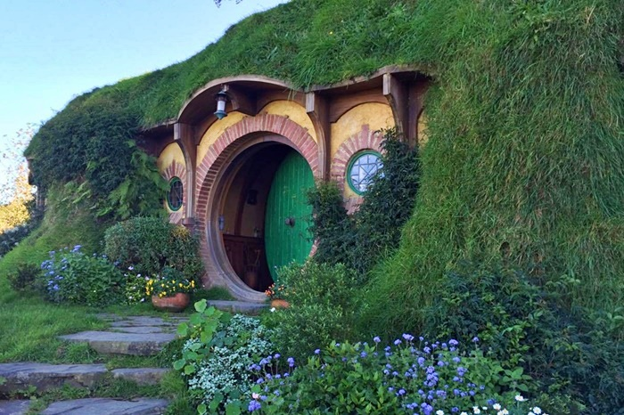 new zealand hobbiton tour photo