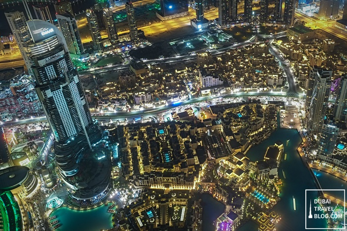 10 Photos of Dubai at Night from Burj