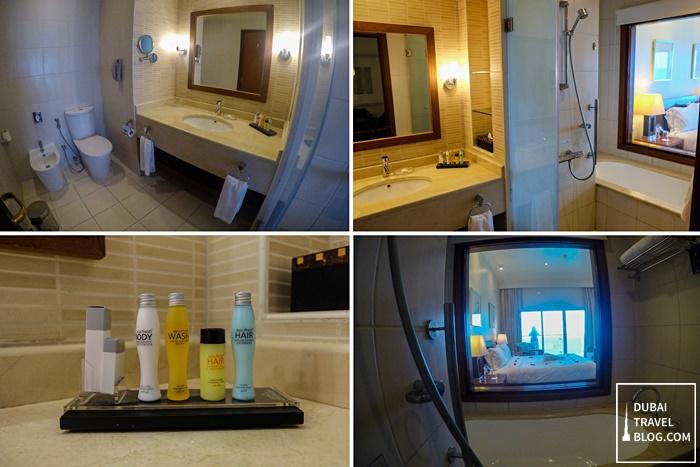 bathroom radisson blu fujairah