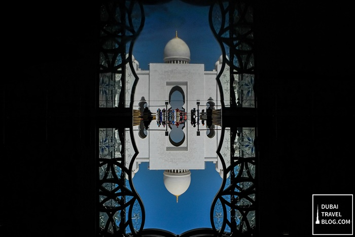 sheikh zayed mosque abu dhabi reflection