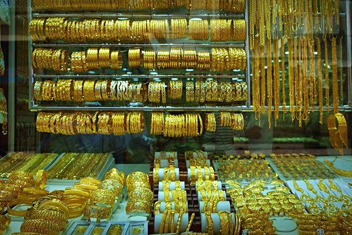 gold souk in dubai photo