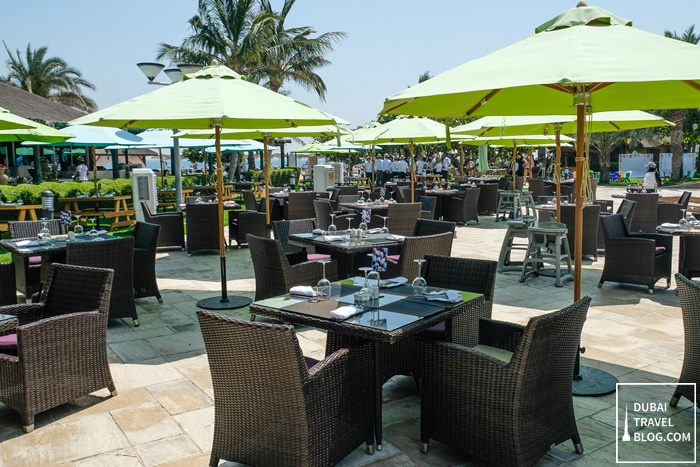 fujairah rotana resort spa waves restaurant