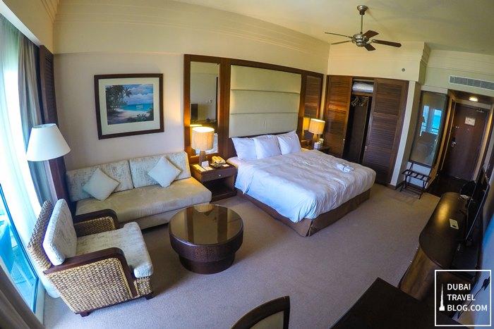 executive suite room danat jebel dhanna resort