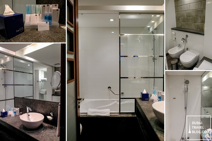 bathroom villa rotana