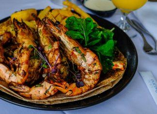 in room dining service villa rotana