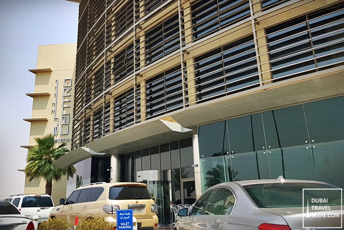 centro sharjah building