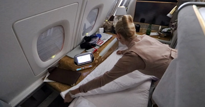 emirates first class cabin crew