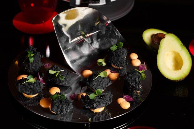 Avocado in black tempura with kimtchu mayo